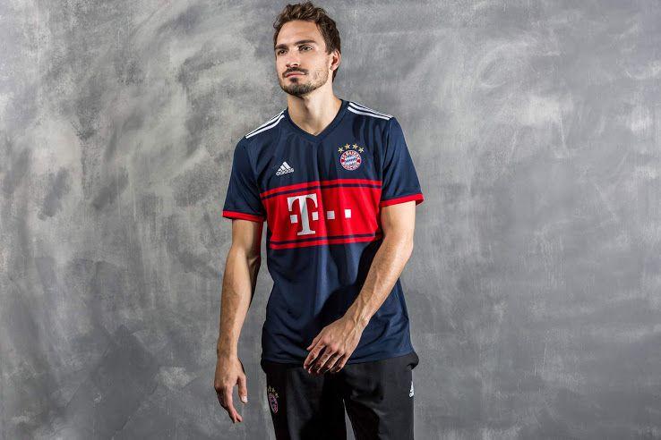 Bayern München Uitshirt 2017-2018