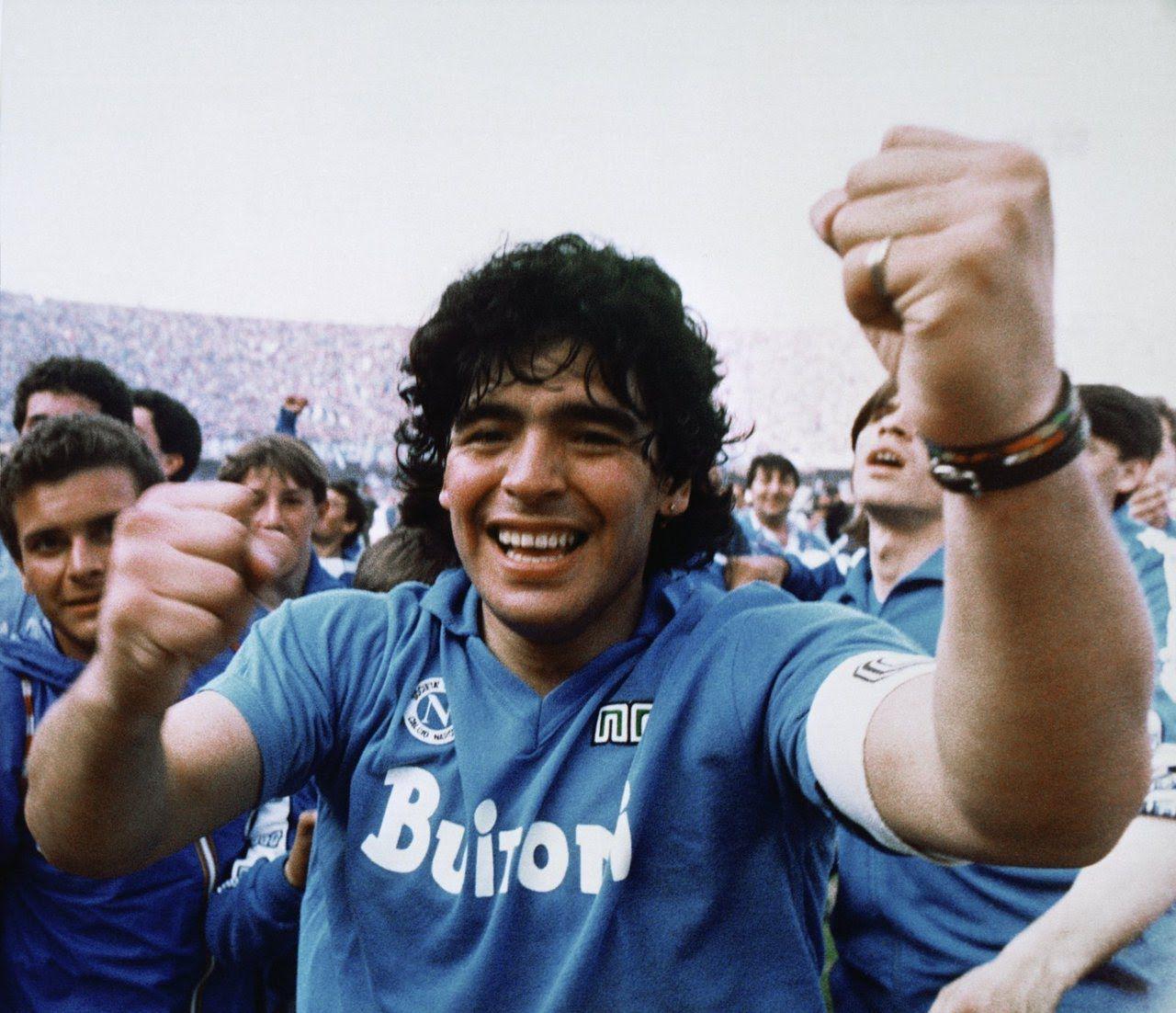 De eeuwige liefde tussen Maradona en maffiastad Napels