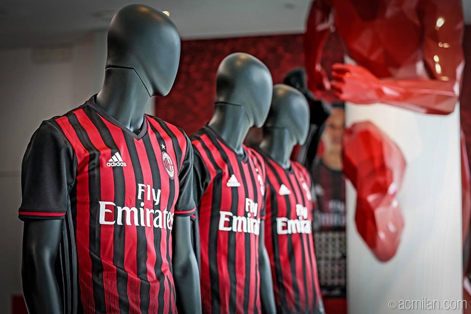 AC Milan thuisshirt voor seizoen 2016-2017